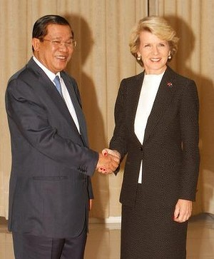 Foreign Minister Julie Bishop with Cambodian Prime Minister Hun Sen in February.