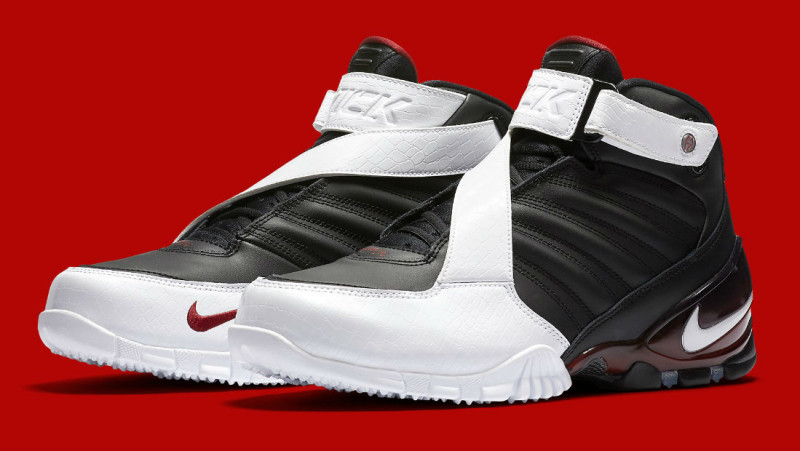 """Nike Zoom Vick 3 """"Falcons"""" Release Date 832698-001 (1)"""