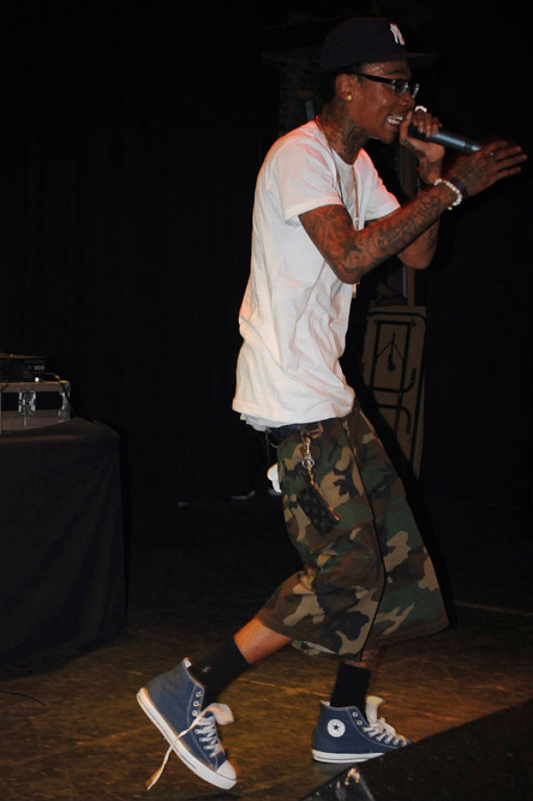 20 Photos Of Wiz Khalifa Wearing Converse Sneakers Sole