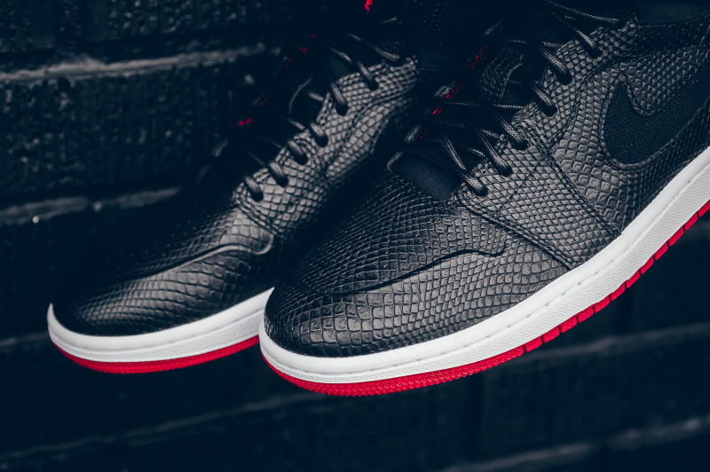 Snakeskin Jordan 1 Black Red (8)