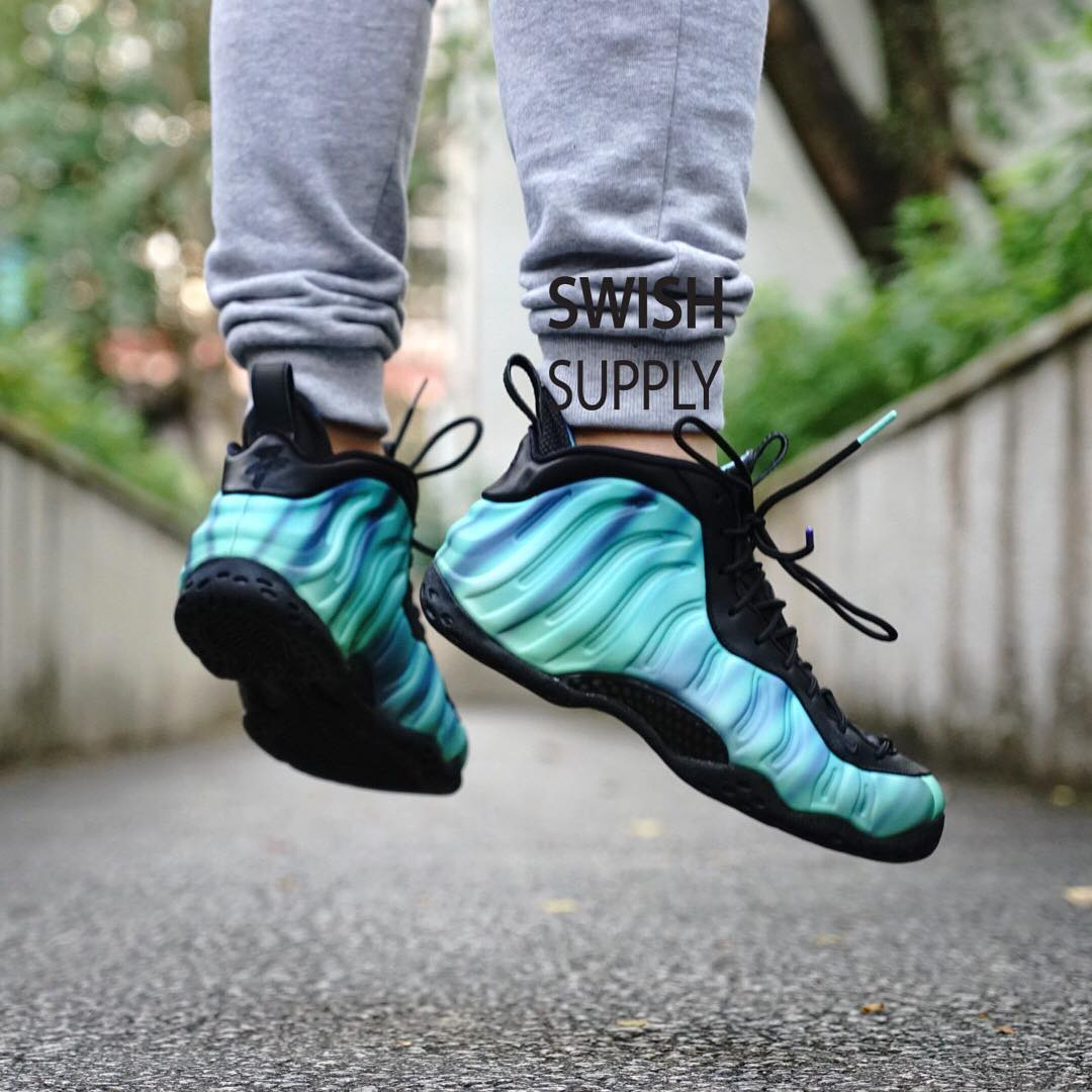 Northern Lights Foamposite Outfit