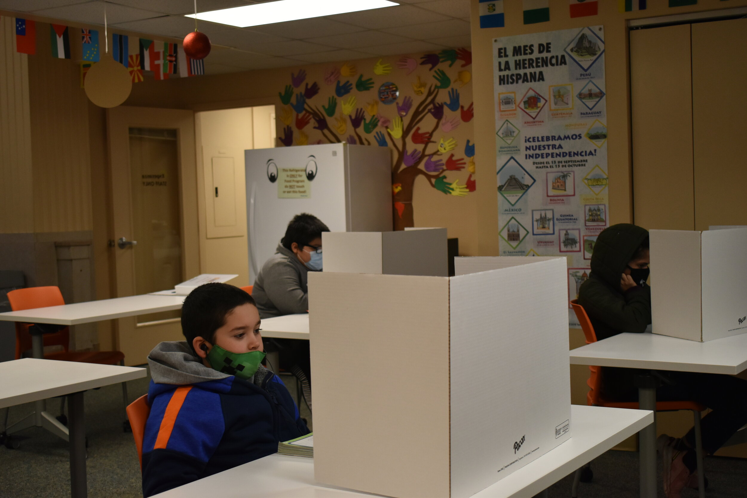 Cleveland learning pods help ESL learners during remote learning, but space, funding are limited