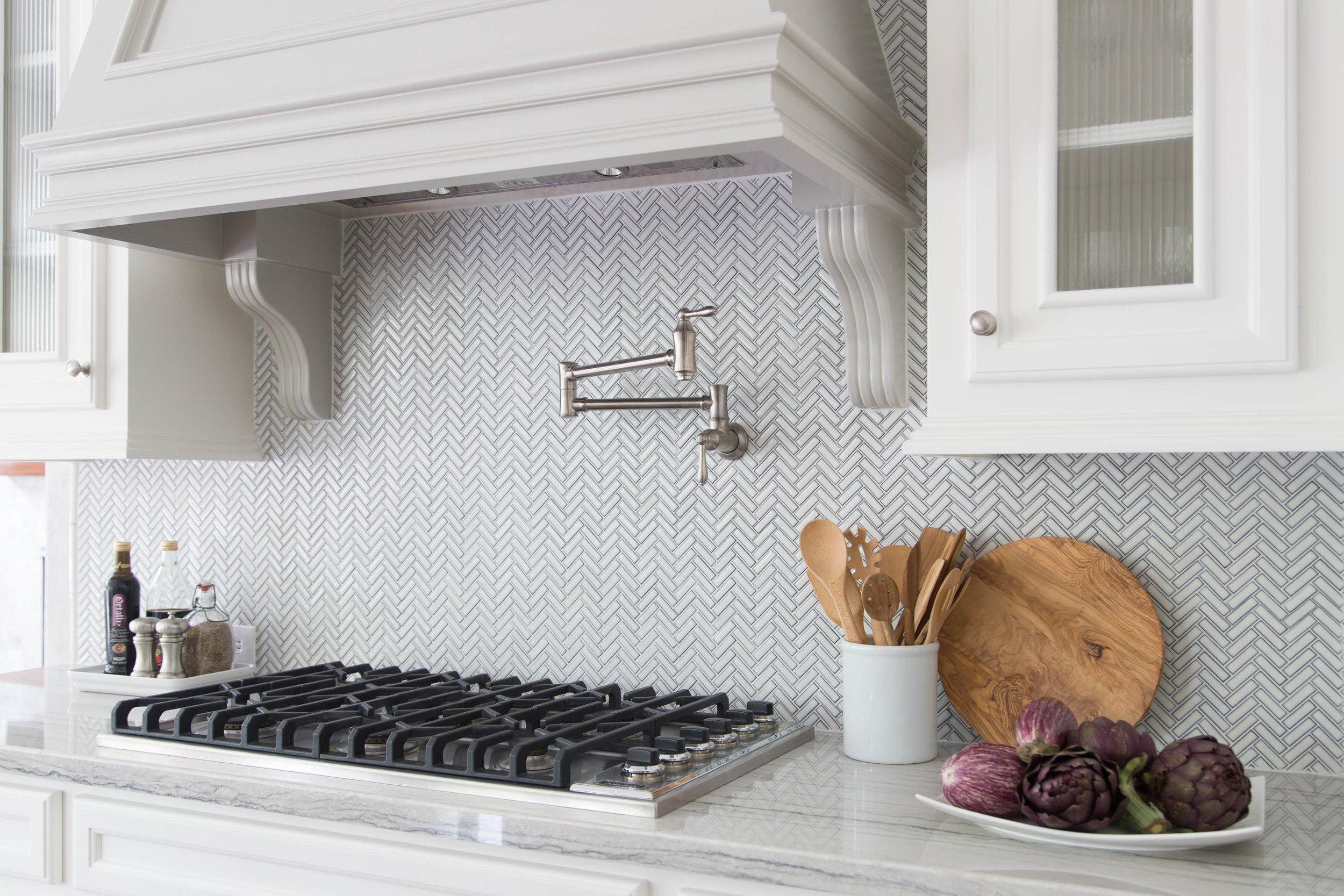 kitchen backsplash details that define