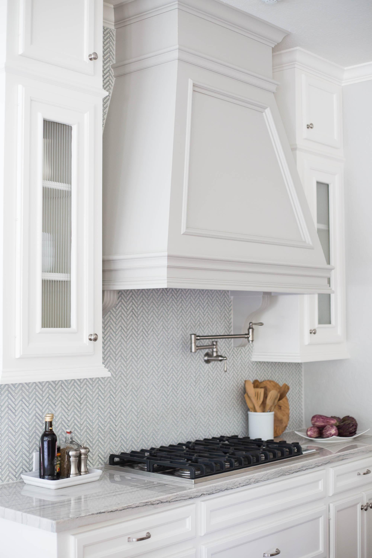 natural stone backsplash in the kitchen