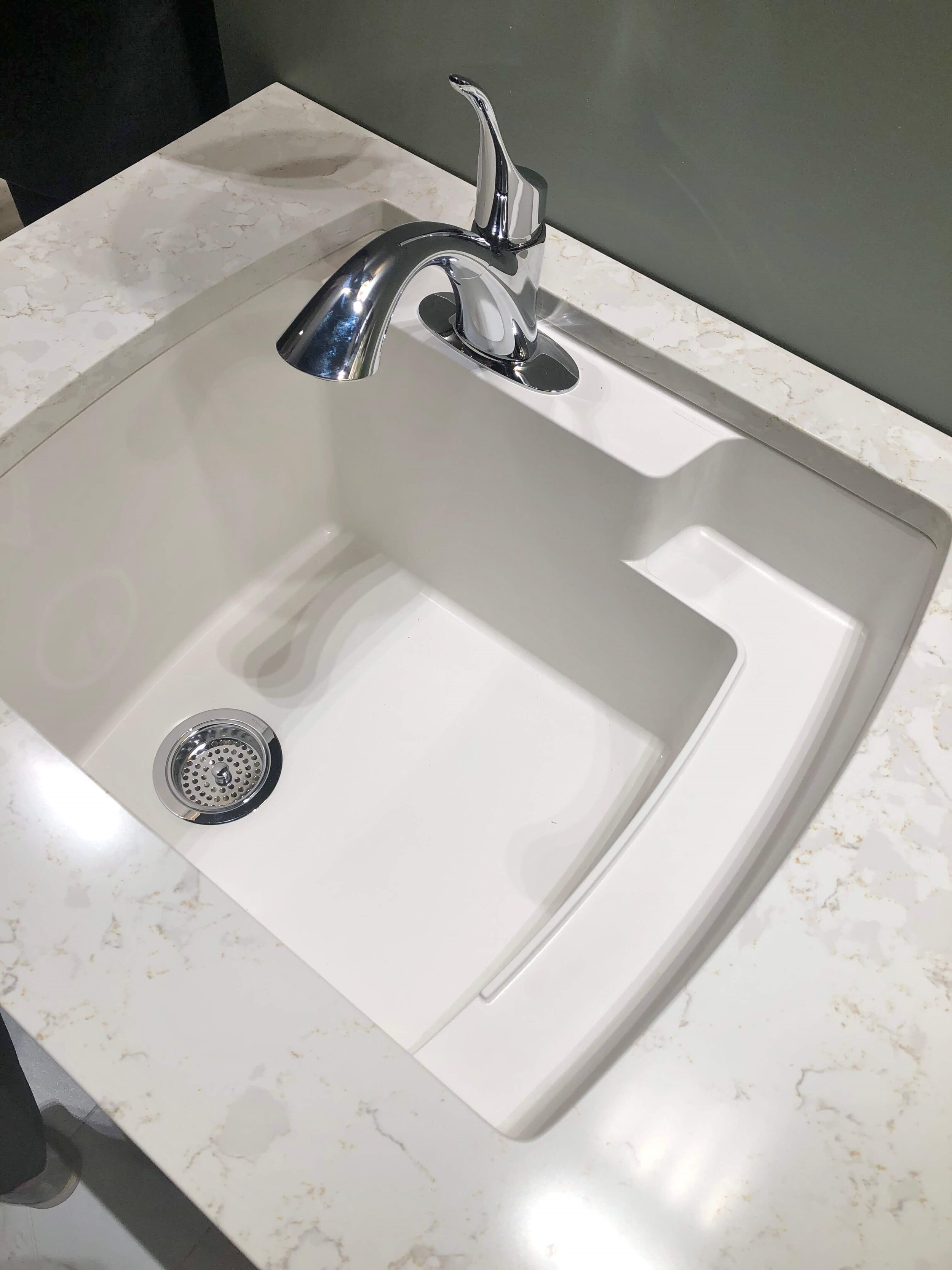 fab new sinks from the kitchen and bath