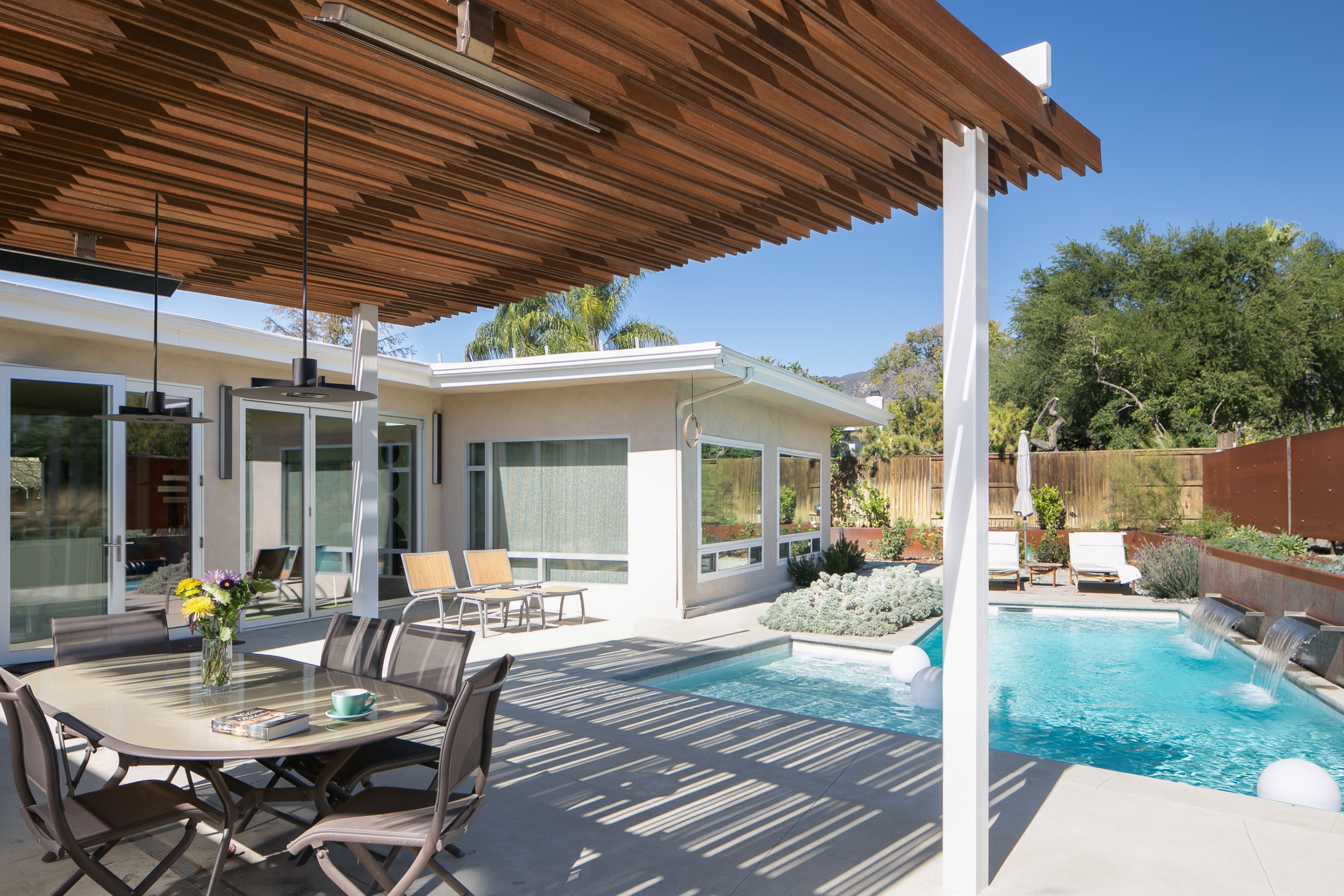 mid century modern exterior and