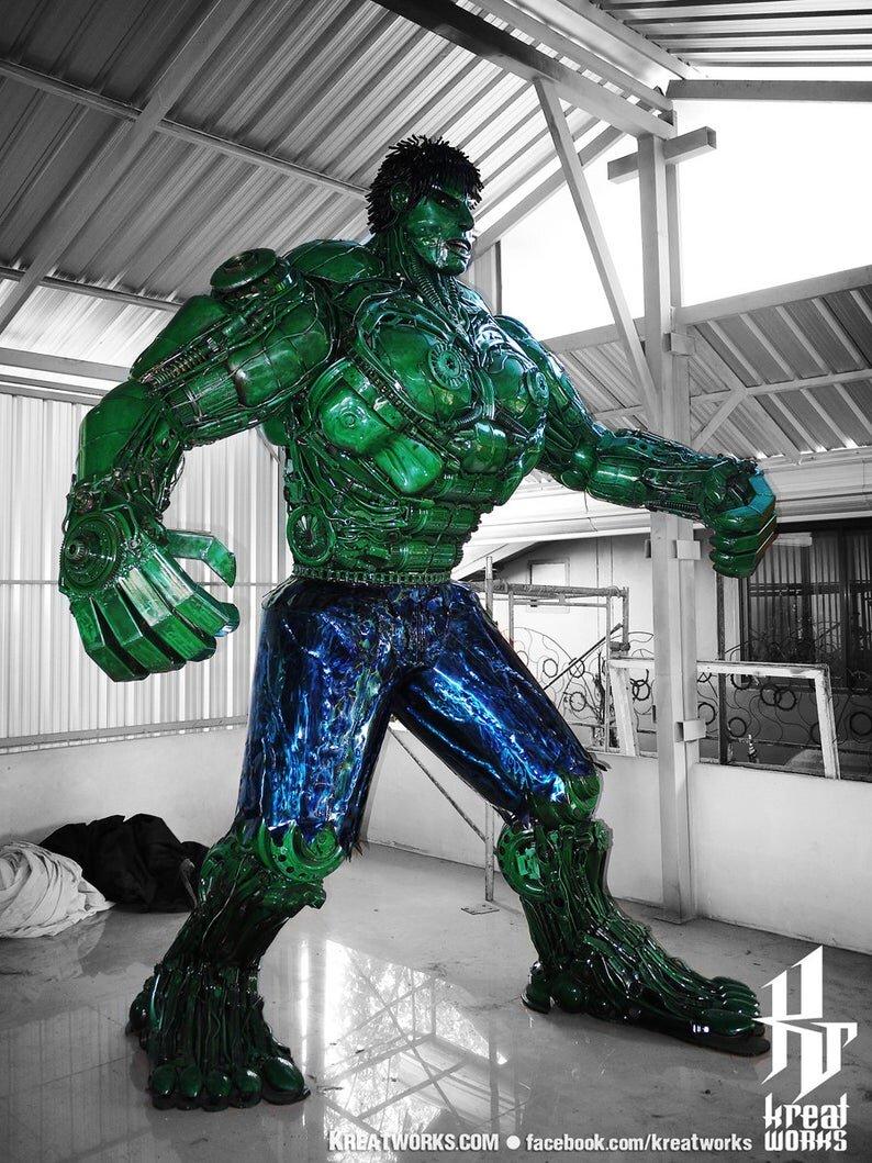 10-Foot-Tall-Recycled-Hulk-Side.jpg