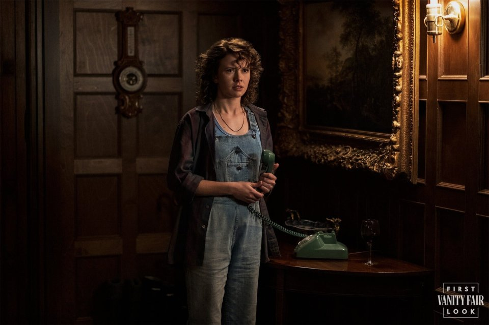 The-Haunting-of-Bly-Manor-First-Look-Embed03B.jpg