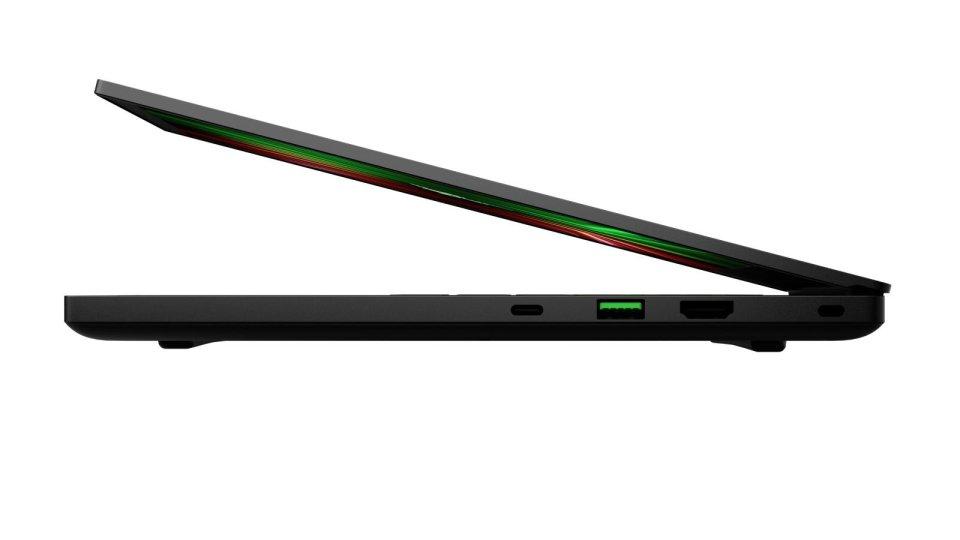 Razer Blade 14 - (2021) - 14.jpg
