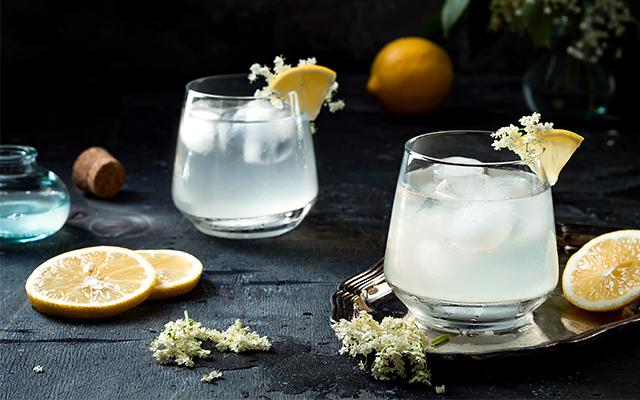 gin tonic flori de soc
