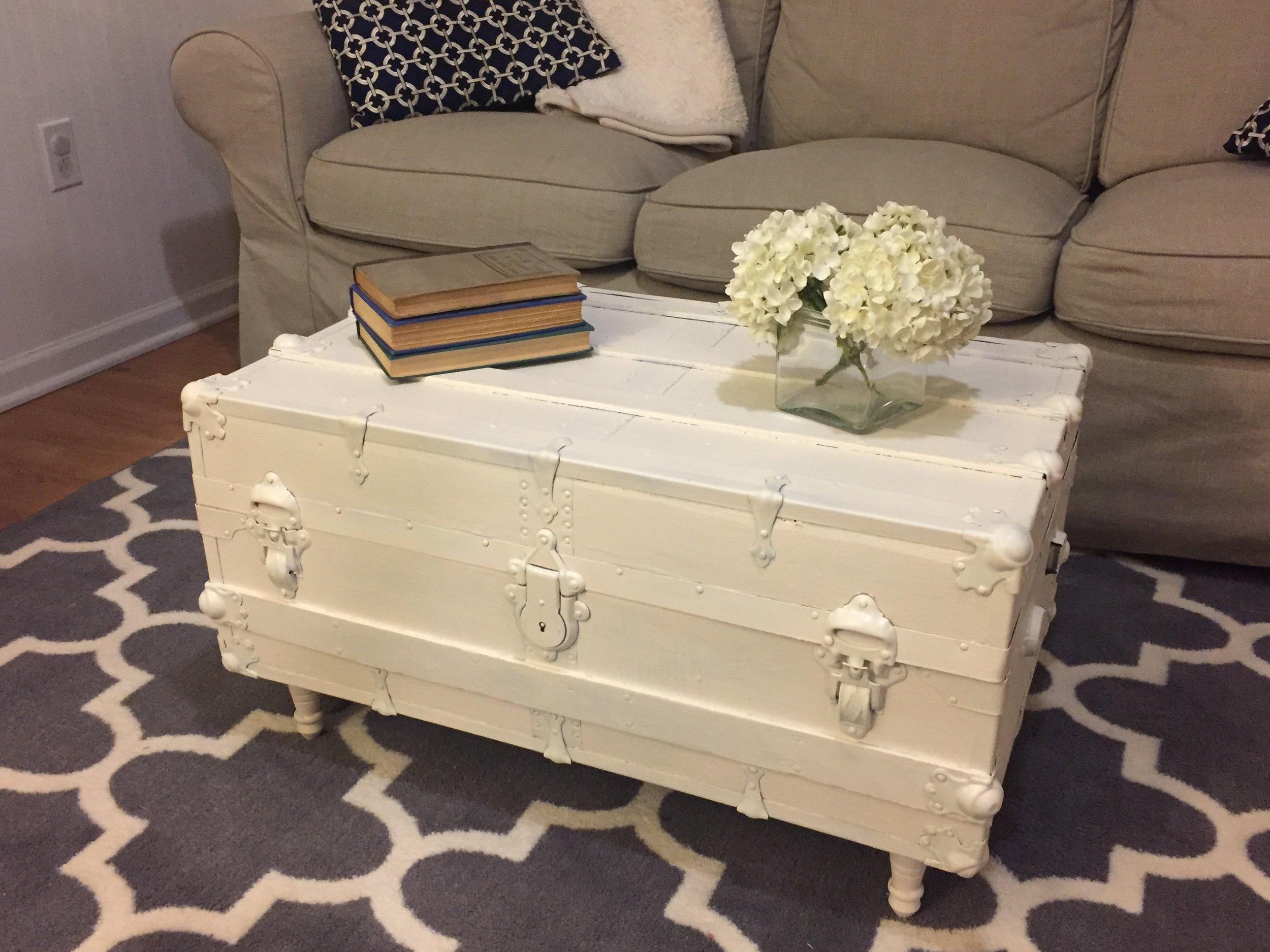 diy vintage steamer trunk coffee table