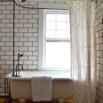 7 Things You Need To Know About Your Clawfoot Tub Shower The White Apartment