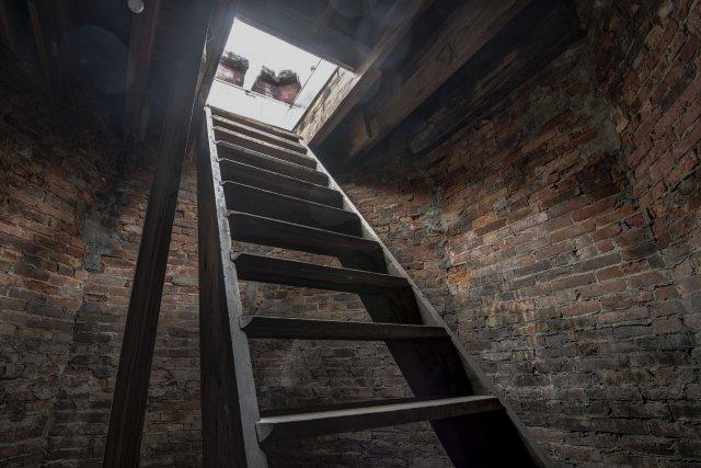 24 Interior Auburn NY Castle Home For Sale Auction Listings Real Estate Agent Broker Michael DeRosa .JPG