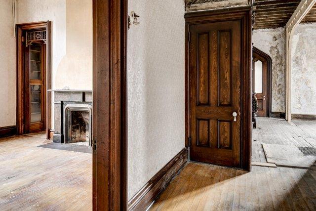 48 Interior Auburn NY Castle Home For Sale Auction Listings Real Estate Agent Broker Michael DeRosa .JPG