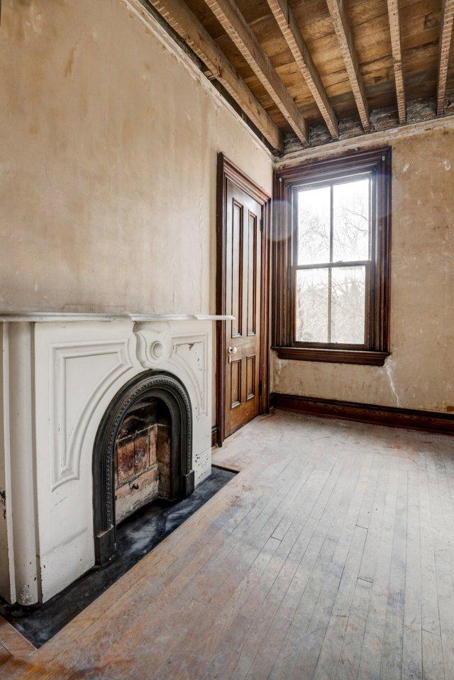 71 Interior Auburn NY Castle Home For Sale Auction Listings Real Estate Agent Broker Michael DeRosa .JPG