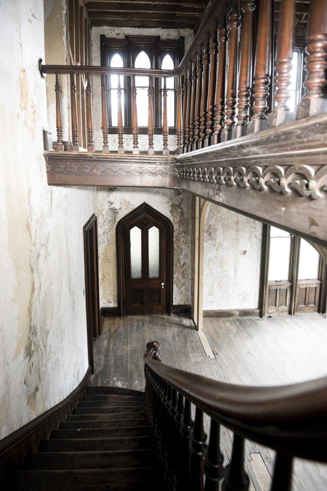89 Interior Auburn NY Castle Home For Sale Auction Listings Real Estate Agent Broker Michael DeRosa .JPG
