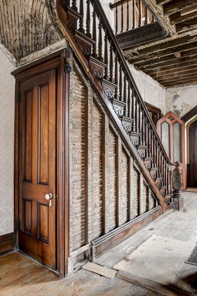 105 Interior Auburn NY Castle Home For Sale Auction Listings Real Estate Agent Broker Michael DeRosa .JPG