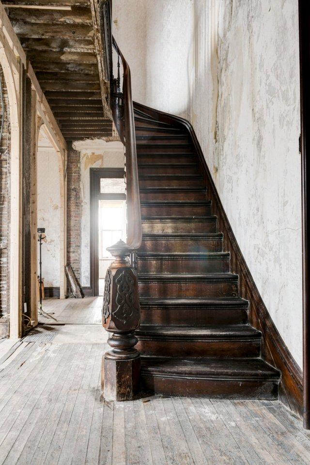 122 Interior Auburn NY Castle Home For Sale Auction Listings Real Estate Agent Broker Michael DeRosa .JPG