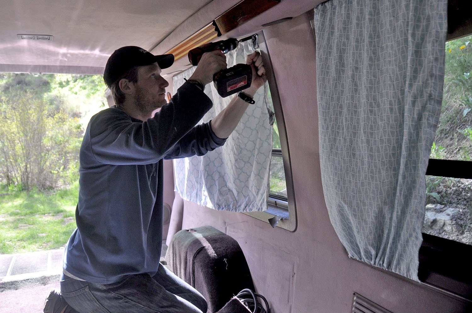 diy campervan curtains vs insulated
