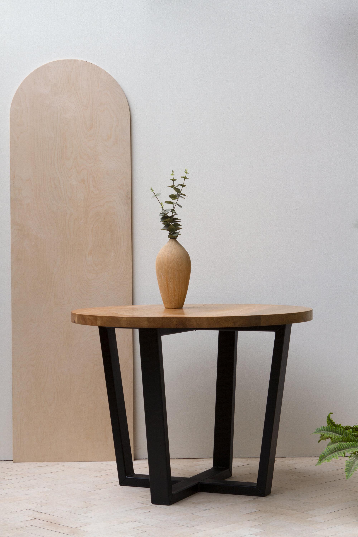 round bord table metal legs konk custom handmade furniture