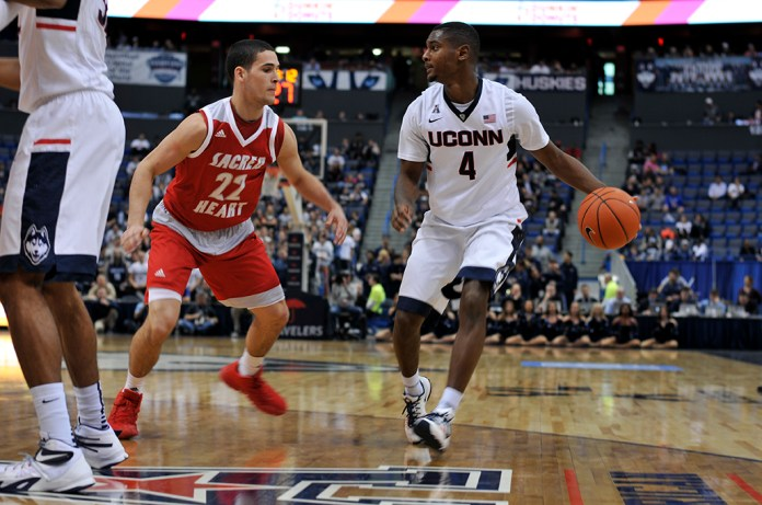 UConn men's basketball guard Sterling Gibbs dribbles the ball during the Huskies' game Sacred Hart at the XL Center in Hartford, Connecticut on Wednesday, Dec. 2, 2015. (Bailey Wright/The Daily Campus)
