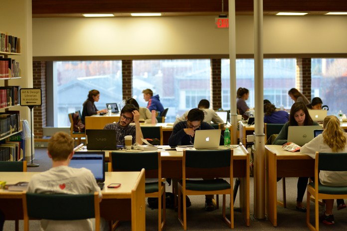 College is full of crowded places, like the library shown above. It's nearly impossible for a student to find a place suitable for a private phone call. (Jason Jiang/The Daily Campus)