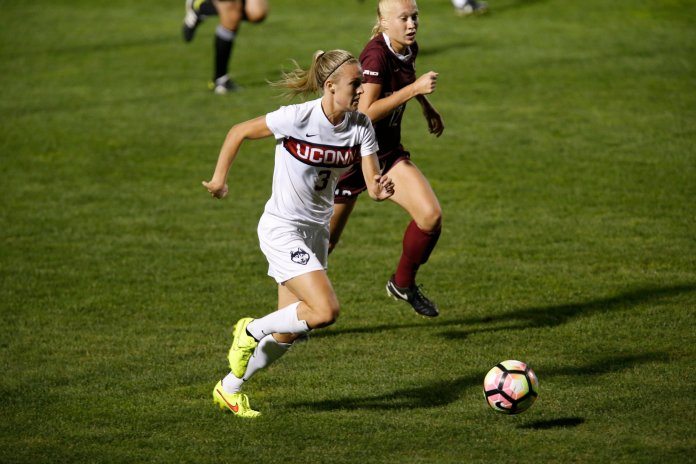 UConn's Rachel Hill (#3) takes the ball up against Fordham. (Tyler Benton/The Daily Campus)