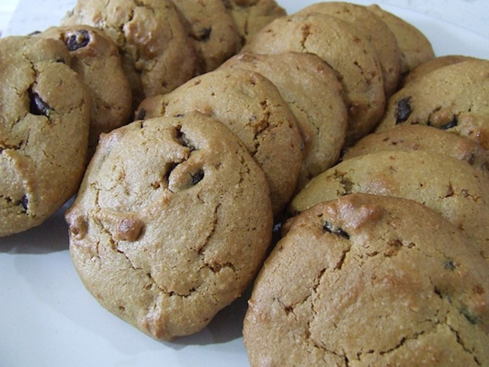Palm sugar sweetened gluten-free chocolate chip cookies. (Courtesy/Cassidy/Flicker Creative Commons)