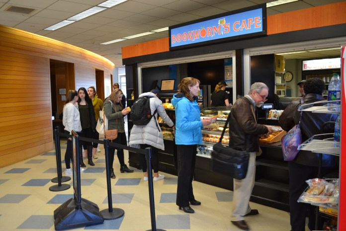 Some of the UConn cafes have started to donate their leftovers to the Willimantic Soup Kitchen. Bookworms Cafe is located in the plaza level of the Homer Babbidge Library. (Olivia Stenger/The Daily Campus)