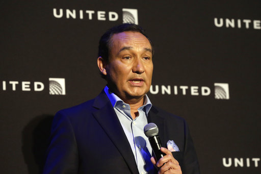 """In this Thursday, June 2, 2016, file photo,United Airlines CEO Oscar Munoz delivers remarks in New York. Munoz said in a note to employees Tuesday, April 11, 2017, that he continues to be disturbed by the incident Sunday night in Chicago, where a passenger was forcibly removed from a United Express flight. Munoz said he was committed to """"fix what's broken so this never happens again."""" (AP Photo/Richard Drew, File)"""