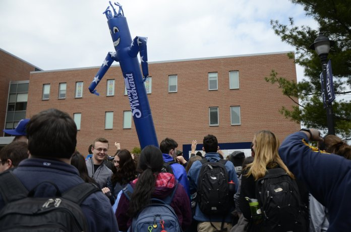 """Spring Weekend is the closest thing UConn sneiors have to a """"Senior Week."""" (Charlotte Lao/The Daily Campus)"""
