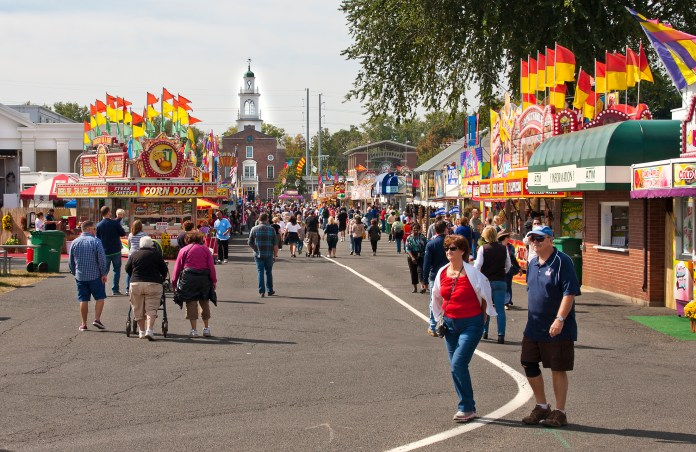 For those who have never heard of the Big E, it is the biggest fair on the eastern seaboard. Not only does it have your typical carnival rides and fair food vendors, but it also has petting zoos, concerts, parades and so much more. (liz west/Wikimedia Creative Commons)