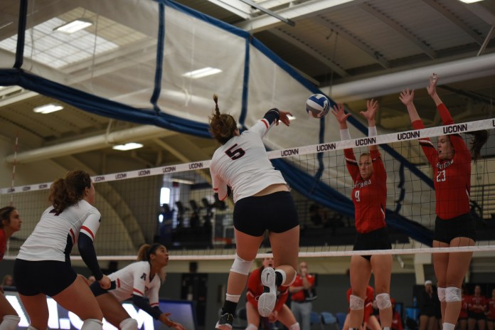 Freshman Ally Barrett (pictured) became a standout for UConn volleyball this past weekend (Charlotte Lao/The Daily Campus)