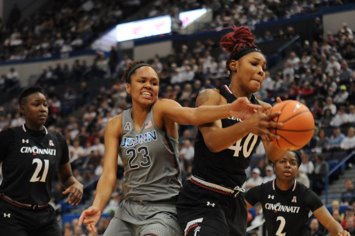 The UConn women's basketball team came out victorious against rival Cincinnati on Sunday. (Olivia Stenger/The Daily Campus)