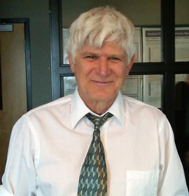 Dr. Robert Mason (Courtesy/ Mason.Mercury.UConn.edu )