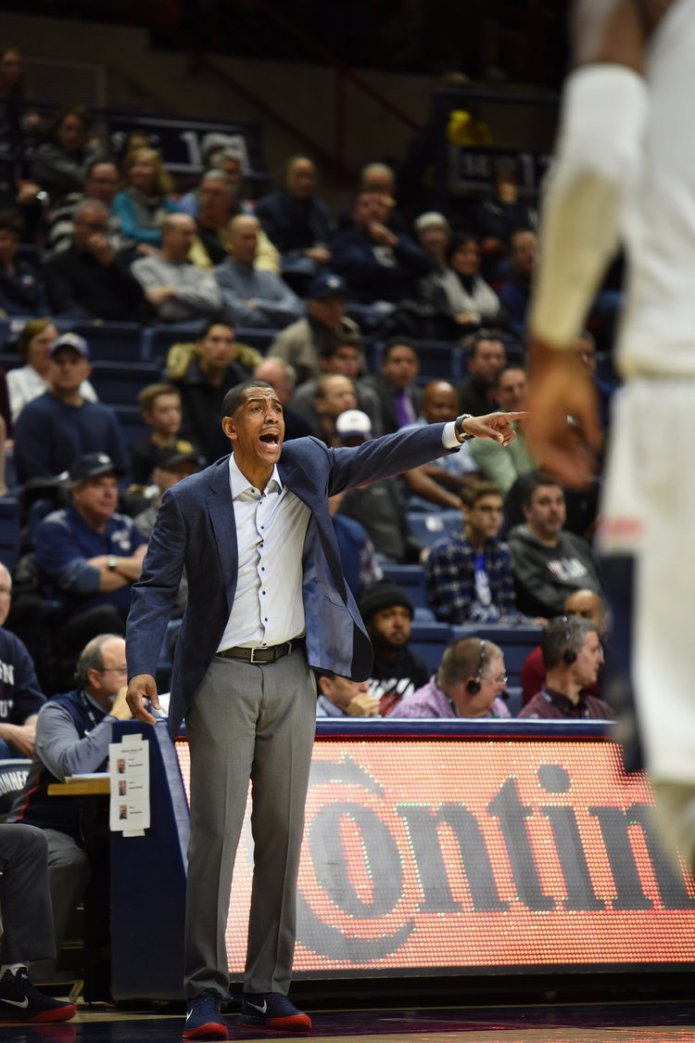 Kevin Ollie on the sidelines against Houston this season.(Charlotte Lao/The Daily Campus)