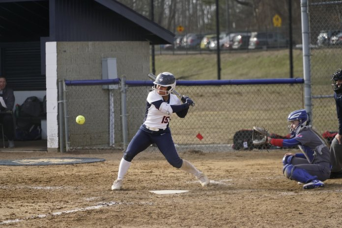 UConn can't hold off UMass Lowell in extra innings. Photo by Eric Wang/The Daily Campus