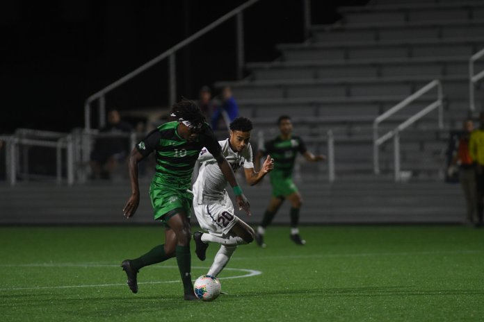 UConn men's soccer is in desperate need of a win against USF this Friday. They are coming off a heartbreaking 3-2 loss against Columbia.  Photo by Eric Wang / The Daily Campus.