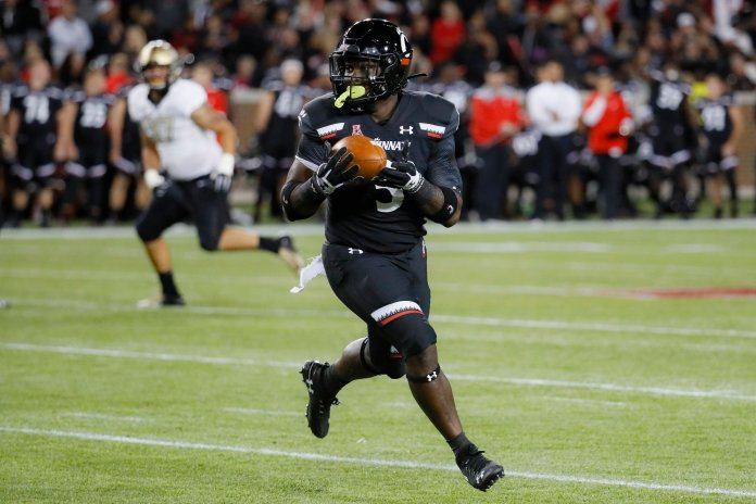 Four teams scored over 40 points in week six of the season, These teams include UCF, SMU, Tulsa, and Louisiana-Monroe.  AP Photo/John Minchillo