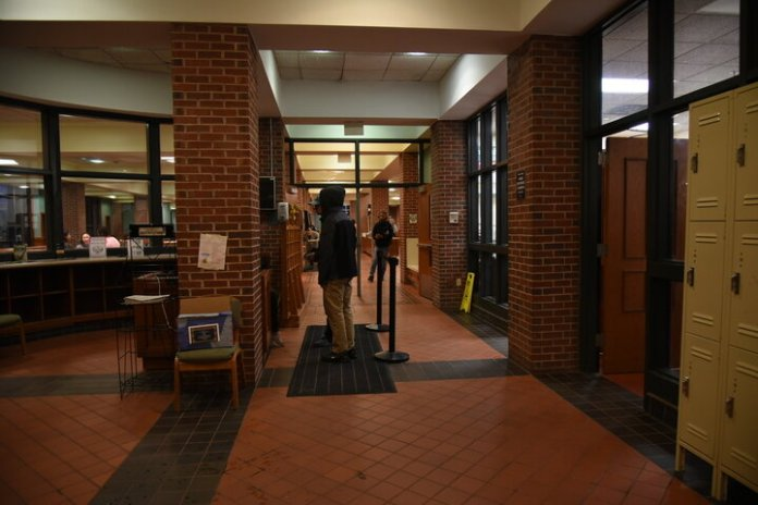 The program has been making great progress, and the first day to raise money for the UConn Swipes Initiative is going to be held on Oct. 16. From 4:15 p.m. to 7:15 p.m. on the 16th, all eight dining halls will be accepting flex pass donations.  Photo by Charlotte Lao / Photo Editor / The Daily Campus