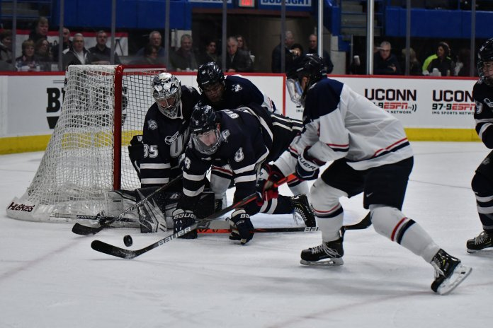 The Huskies traveled to Maine to face off against the Bears this weekend. The two teams split the series and will continue to keep the race close as the season comes to a close.  Photo by Kevin Lindstrom/The Daily Campus.