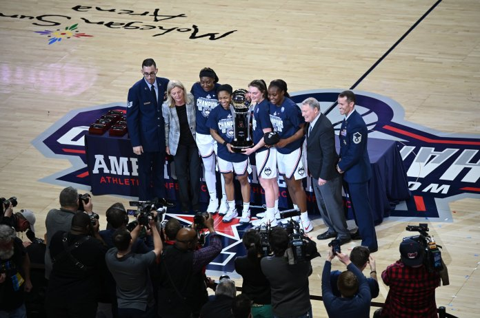 With the win, UConn ended their time in the American Athletic Conference with a perfect 139-0 record, winning all seven conference championships along the way. Next season they will be joining the more competitive Big East Conference.  Photo by Kevin Lindstrom/The Daily Campus.