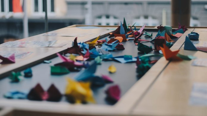 Senior staff writer Stephanie Santillo proposes some do-it-yourself projects for those who are bored at home right now.  Photo courtesy of Unsplash