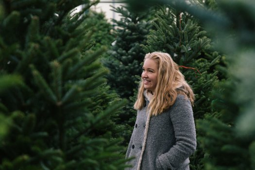Kirsten with Trees 2.jpg