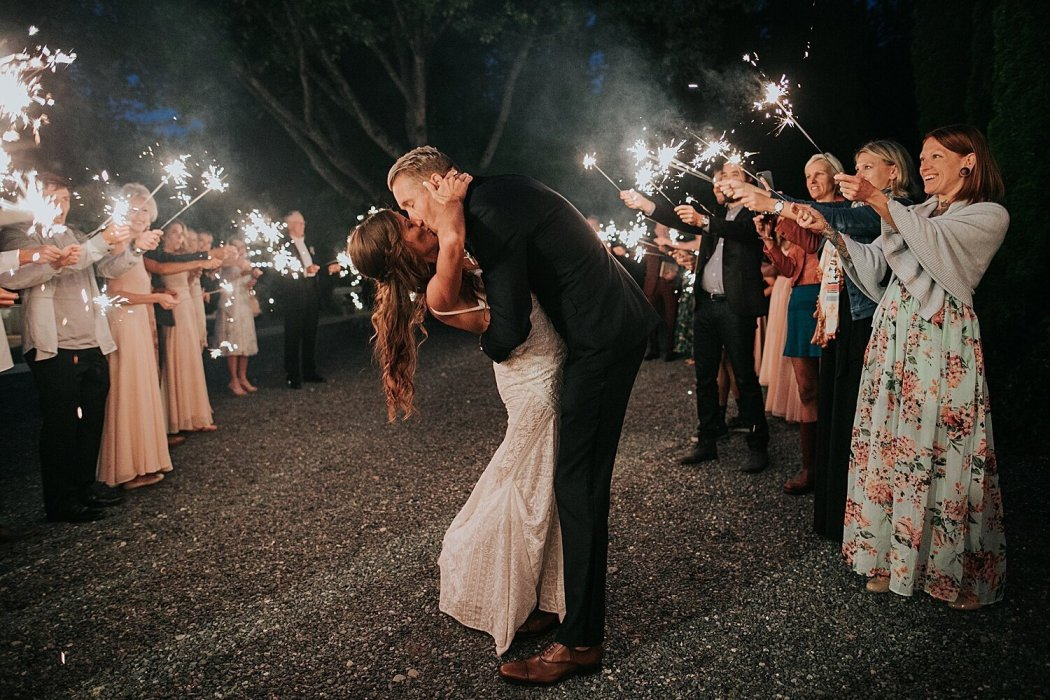 6 Tips for the Perfect Sparkler Send Off