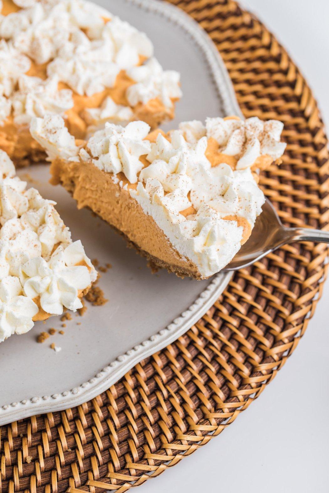 Thanksgiving Ice Cream Pie_Street Treats_Thanksgiving Catering 2020.jpeg