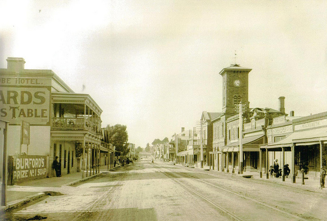 Murray St 1900s  (Image courtesy of the  Gawler History Team )