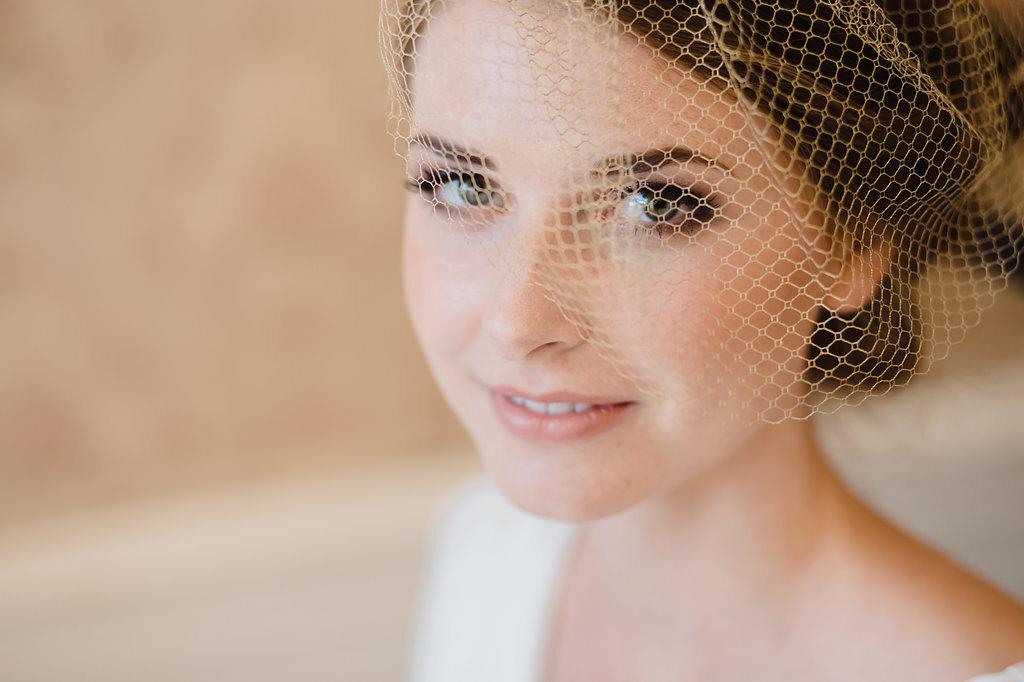 Hochzeits Make Up Und Frisur Fur Anna Puppikram Hair Make Up