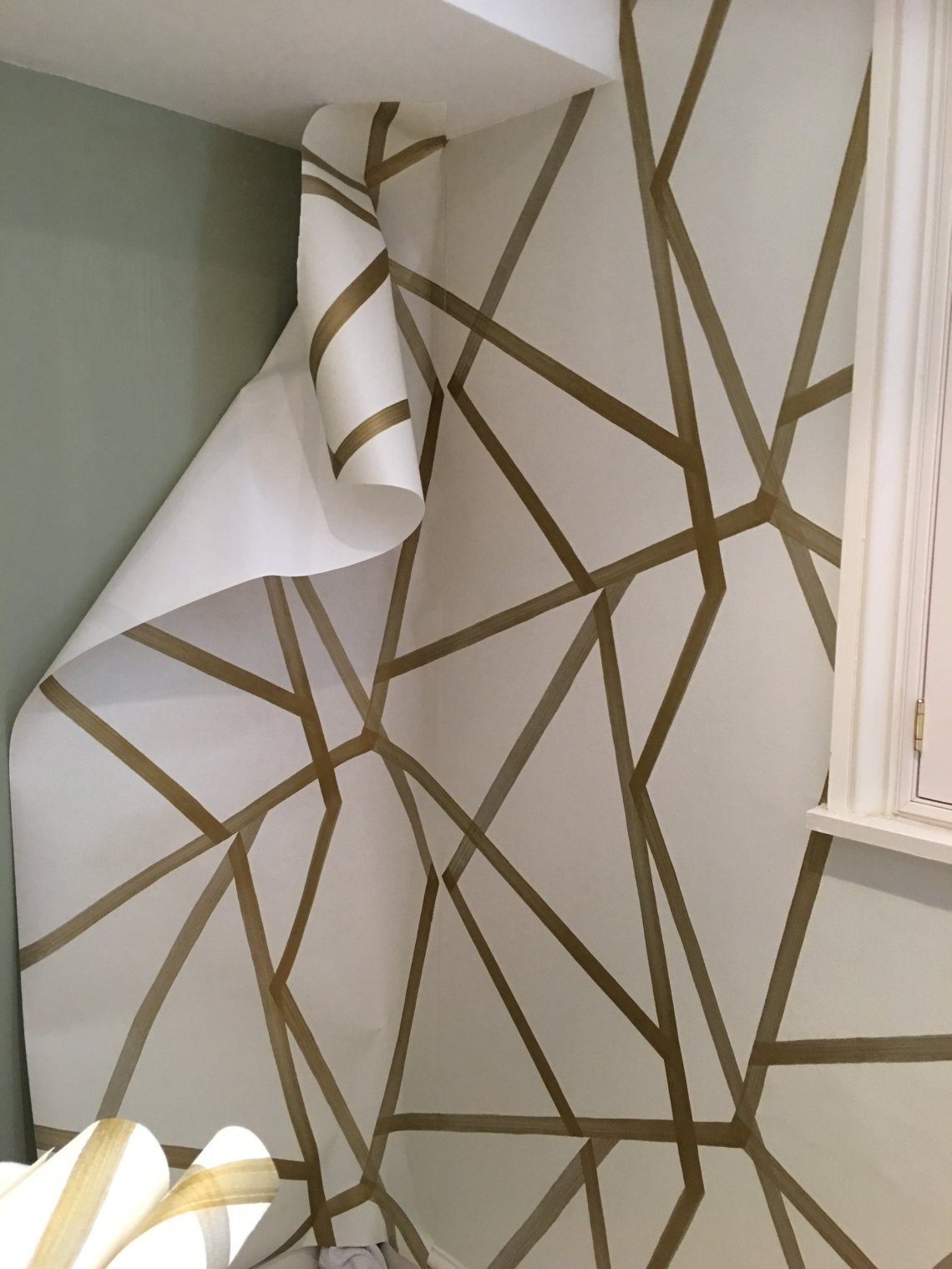 How To Put Up Wallpaper A Simple Easy Guide Melanie Lissack Interiors