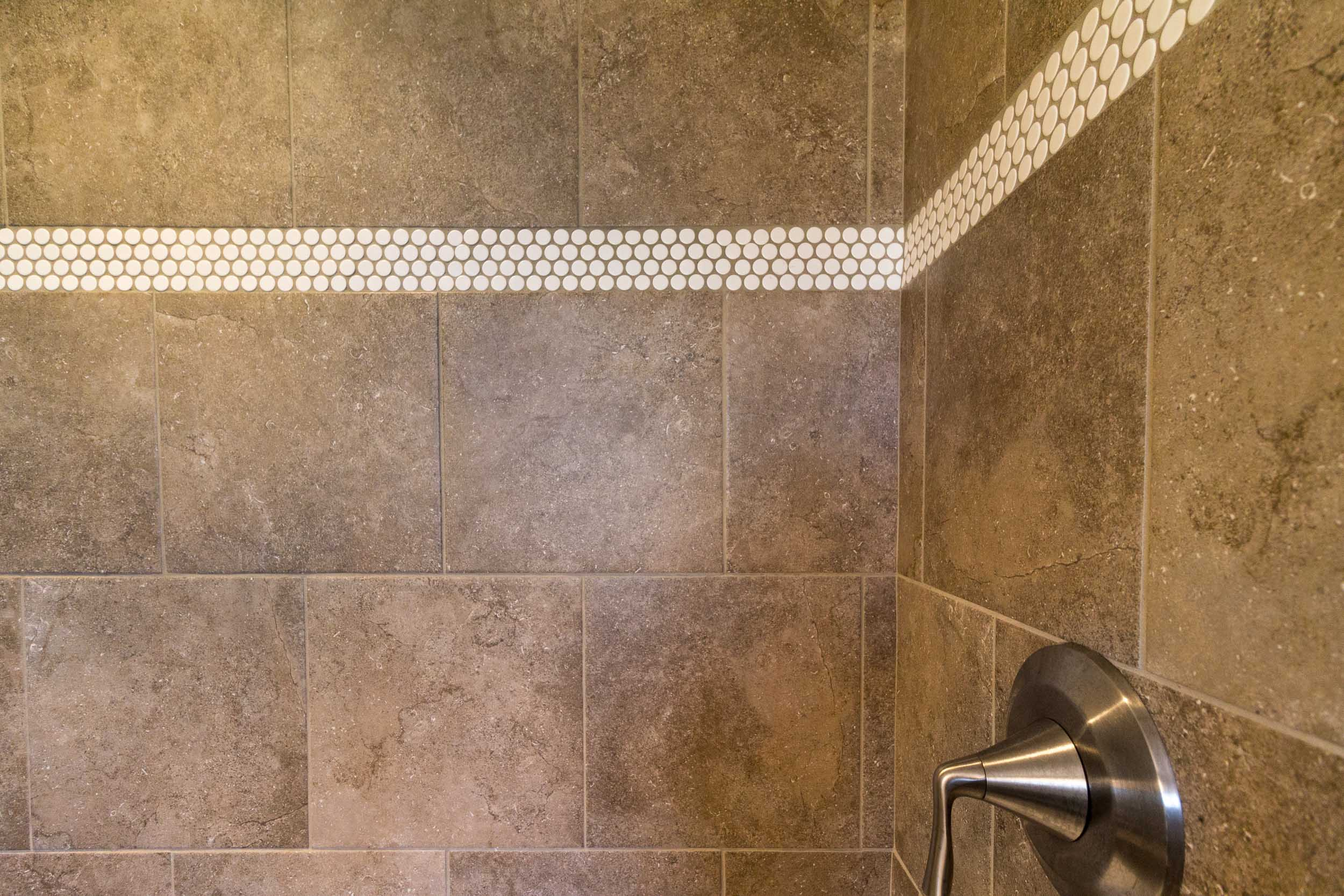 choosing grout color for kitchen and
